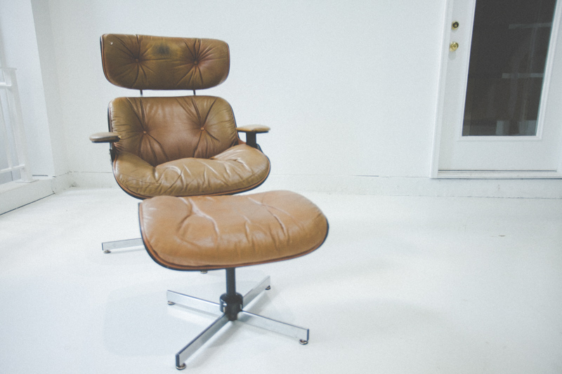 001eames-chair-before