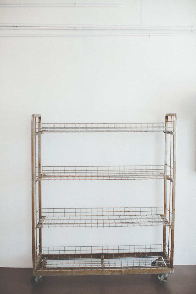 001industrial_bar_cart